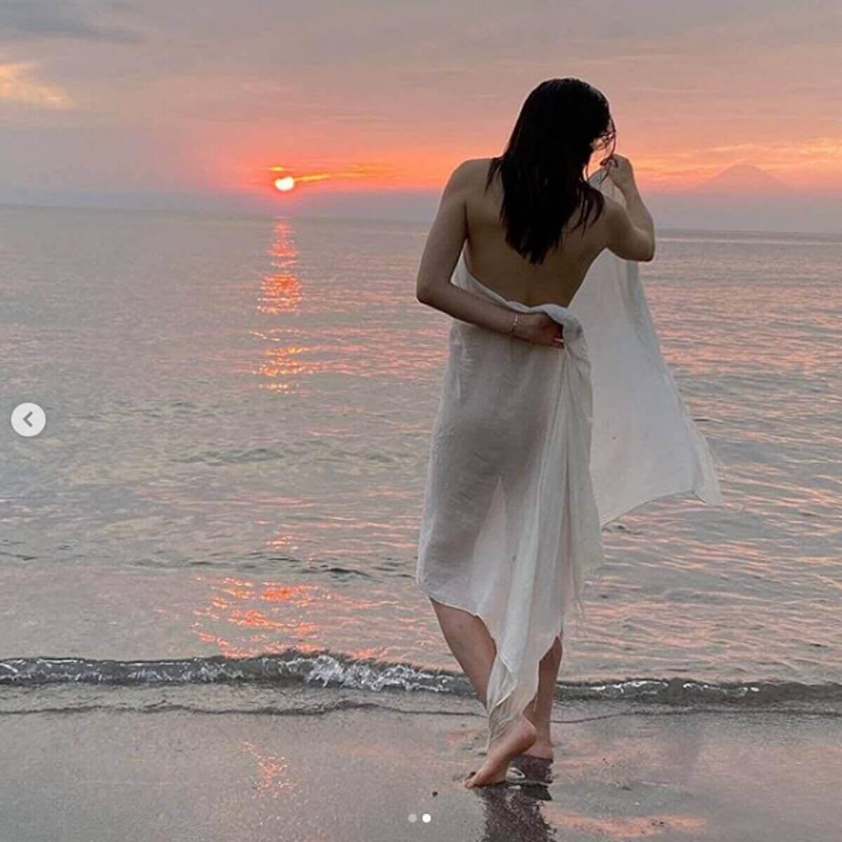 長谷川京子のセクシーすぎるグラビア展開に戸惑いの声「最近脱ぎすぎ」「何を目指してる?」|日刊サイゾー